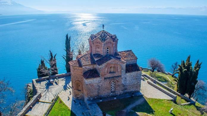 Aziz Yuhanna Kilisesi makedonya gezilecek yerler Makedonya Gezilecek Yerler Aziz Yuhanna Kilisesi 696x392