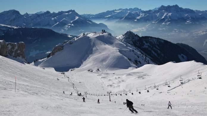 İsviçre Alpleri Kayak Merkezleri Leysin Kayak Merkezi 696x392