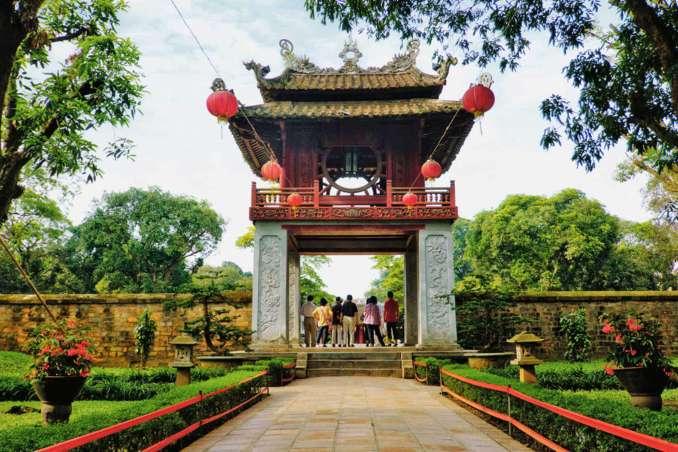 Temmuz Ayında Gidilecek Yerler Tapınak Temmuz Ayında Gidilecek Yerler Vietnam Temmuz 678x452