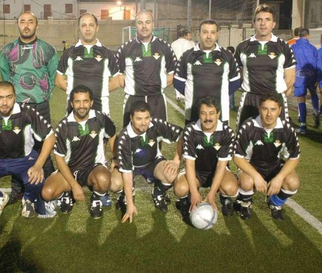 La Ffce Organiza Las I Jornadas De Convivencia De Futbol 8 Veteranos Cedida