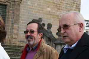 Antonio Olivares, el primero por la derecha.