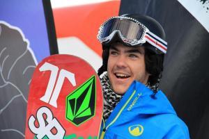Regino Hernández, un valor seguro del snowboardcross.