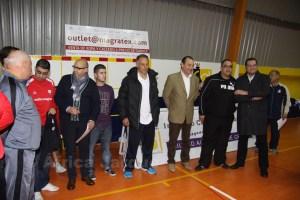 Guillermo Vivas (en el centro) acudió al I torneo solidario Oulet Magratex