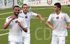 Topo, el primero por la derecha, no jugará ante el Portuense