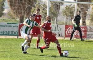 El Atlético de Ceuta sufrió en Córdoba para sumar un punto