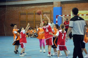 La selección de minibasket femenina tiene previsto jugar tres partidos esta semana