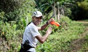 Ismael Dris no ha perdido la sonrisa a pesar de la enorme dureza del recorrido costarricense