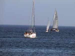 Un momento de la regata celebrada en aguas de la bahía norte ceutí