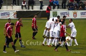 El Atlético de Ceuta firmó la duodécima victoria en casa