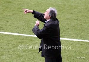 Álvaro Pérez prevé un partido muy intenso y disputado entre dos equipos que luchan por el play off