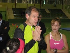 Abel Antón habló de la importancia de contar con una pista de atletismo