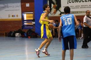 Tanto Carlos Marañés (en la imagen) como Juanjo Delgado dirigieron el juego con criterio y acierto