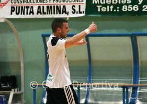 Sufian Chaib celebra uno de sus tres goles ante el Ategua cordobés