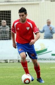 El jugador ceutí de 22 años ha militado, entre otros equipos, en el Unión Estepona, Villanovense y Lucena