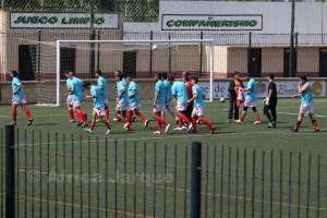 Competición ha sancionado al encargado del material y a un jugador del Sporting de Regional