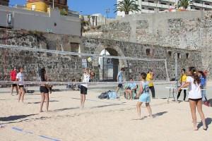 El Campeonato de Voley-Playa, un clásico del verano ceutí, vuelve a disputarse cinco años después