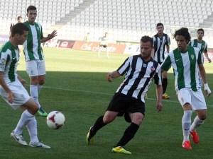 El Córdoba B superó al Castellón con diez jugadores en la prórroga