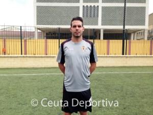 Borja Gil participó la semana pasada en el Campus de Convivencia del CD Natación en el José Benoliel