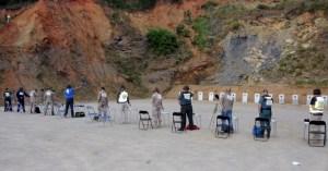 Otro momento de la competición organizada por la Federación y el Club de Tiro de Ceuta
