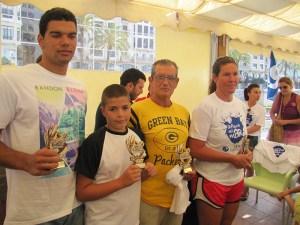 Vicente Matoso, Nadin Layachi, Juan Núñez y Sandra Beltrán con sus trofeos