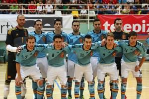 La selección española vistió en el segundo partido camiseta celeste y pantalón blanco
