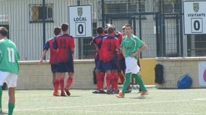 Los jugadores del CD Puerto Disa celebran uno de los goles marcados ante el Palmones