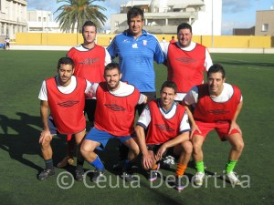 Equipo del Hermes Trainer que participa en el I Torneo de convivencia de fútbol 7