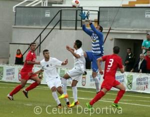 La AD Ceuta ganó con solvencia a La Palma CF en el Alfonso Murube
