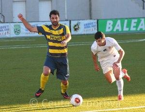 Ismael fue el jugador más incisivo del Ceuta con su movilidad y desborde en banda