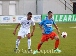 El Ceuta aventaja en tres puntos al Mairena en la tabla y también le tiene ganado el gol average particular