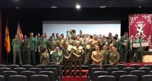 Foto de familia de los deportistas militares galardonados