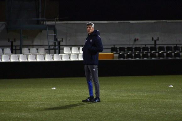 Imanol Alguacil, durante la sesión en el estadio ceutí