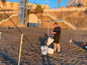 Imagen de uno de los participantes en la playa de El Chorrillo