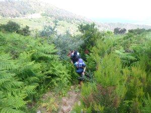 Senderistas en los montes de Ceuta