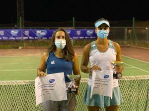 La ceutí, junto a la finalista Marina Benito