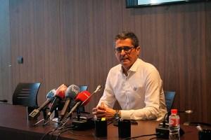 El presidente de la FFCE ha explicado, entre otras cosas, en qué consistirán las mejoras en el estadio Alfonso Murube