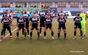 Formación de la AD Ceuta FC en su primer partido de pretemporada