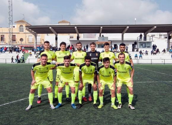 Formación de la AD Ceuta FC, este domingo en Lebrija / Foto: Mario