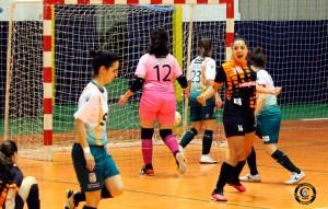 Fátima Villar celebra uno de los goles del cuadro caballa