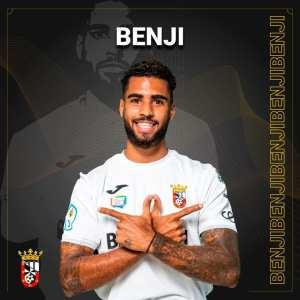 Benji seguirá una temporada más de blanco