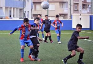 Puerto Atlético y Puerto Futsal lucharán por el título de la Liga Benjamín F8 / Foto: FFCE
