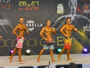 Tarik y Marcelo Hernández, con sus medallas, en la prueba máster
