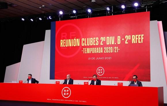 Luis Rubiales ha presidido la reunión con los clubes de Segunda RFEF