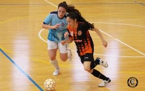 Yasmina seguirá una temporada más en el CD Camnens