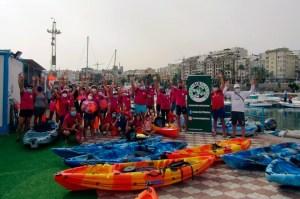 Voluntarios de Ceuta Sin Plástico y del RC Náutico Cas