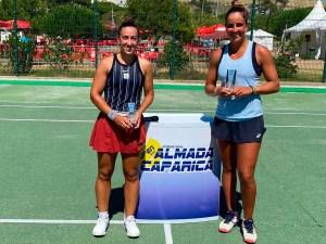 Olga Parres, junto a la brasileña Ingrid Martins