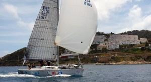 El 'Ceuta Sí', navegando por la Bahía Norte