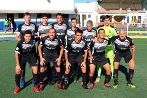 Formación de la AD Ceuta FC 'B', este sábado en el 'Alberto Umbría' de la Estación de San Roque