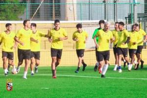 Jugadores del Ceuta B, durante un entrenamiento de esta semana en el José Martínez 'Pirri'