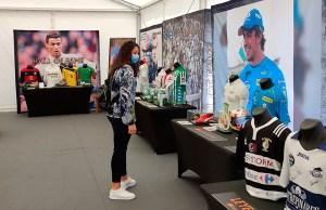 Lorena Miranda, durante su visita ala exposición del Museo del Deporte